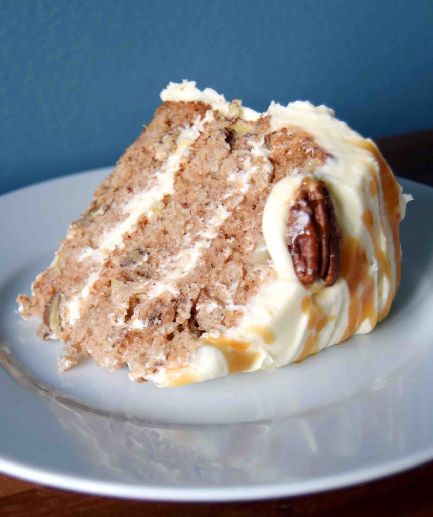 Hummingbird cake with cream cheese frosting - recipe